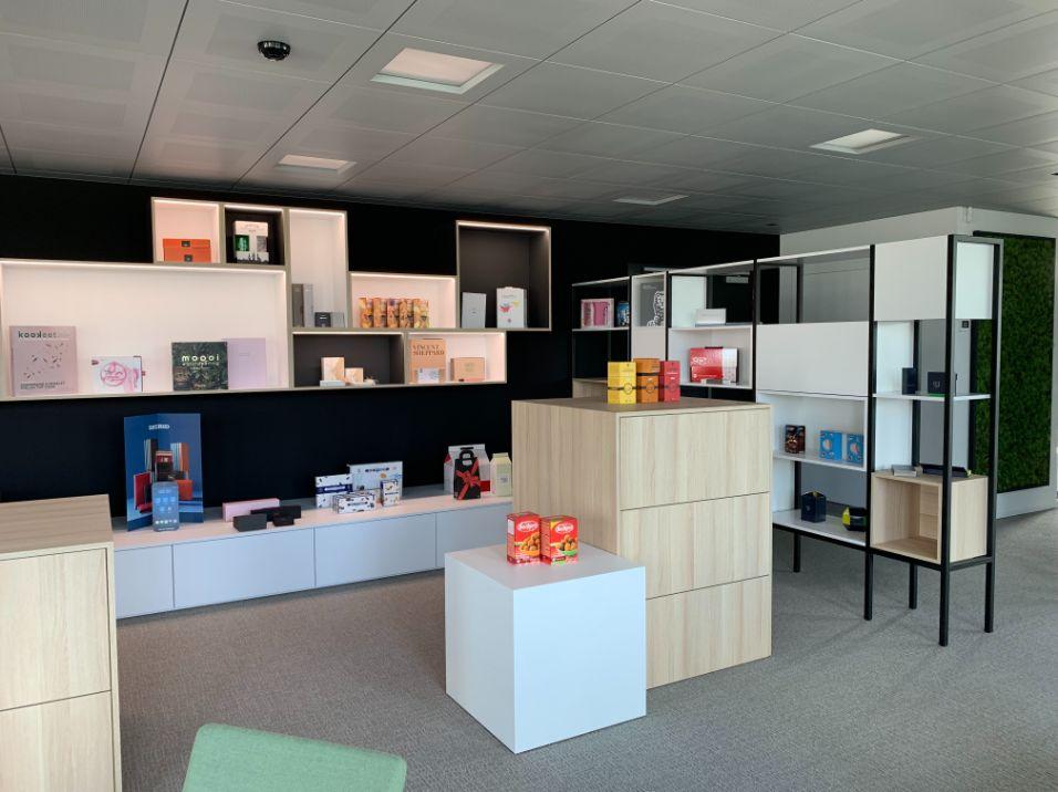 Inrichting showroom en kantoren Du Caju te Erpe-Mere